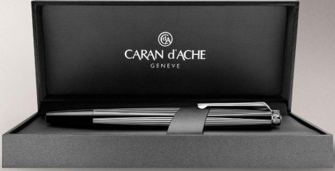 Ручка перьевая Caran d`Ache RNX.316, PVD Black Version (Перо F)