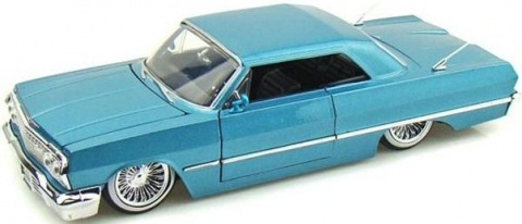 Автомобиль Chevy Impala hard Top (1963) 1:24 Jada Toys
