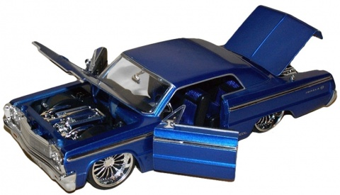 Автомобиль Chevy Impala Hard Top 64 1:24