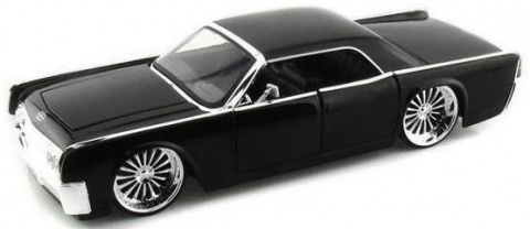 Автомобиль Lincoln Hard Top (1963) 1 :24 Jada Toys