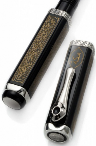 Перьевая ручка Visconti Mecca Limited Edition, Black ST (Перо F)