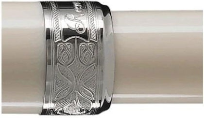 Перьевая ручка Visconti Rembrandt, Ivory White PT (Перо М)